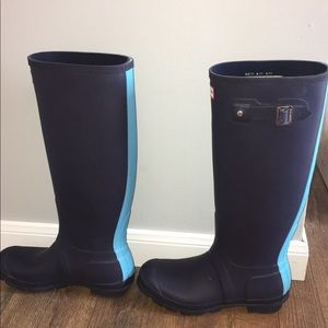 334d92a0bae Women's Size 8 Hunter Boots! Navy blue with teal!